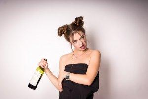 Либидо-генераторы: какие вина больше всего нравятся женщинам