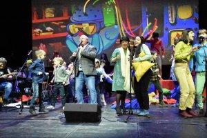 Песни из «Смешариков» и «Летающих зверей» прозвучат на Новой сцене Александринки