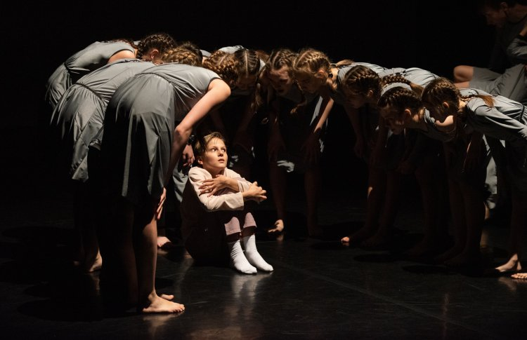 Фестиваль современного танца для детей пройдет в Петербурге