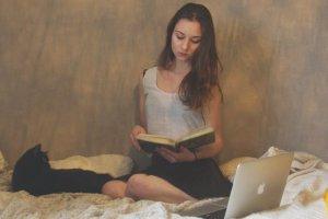 Time In: 5 нон-фикшн книг, которые скрасят карантин