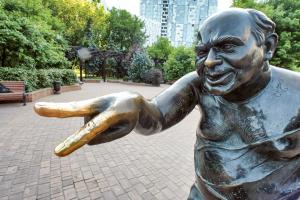 Вылитый герой: 15 необычных памятников Москвы в честь персонажей книг и фильмов