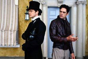 Цезарь, джентльмены и чумной доктор: 5 великих пьес для домашнего чтения