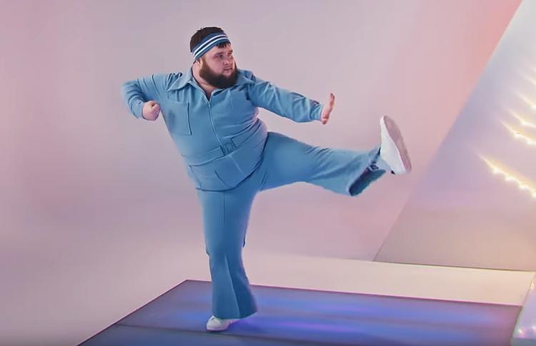 Пухляш и adidas зовут всех тренироваться на карантине