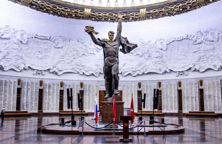 Музей Победы подарит фотосессию школьникам на карантине