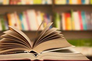 Популярные писатели будут читать отрывки из книг в прямом эфире