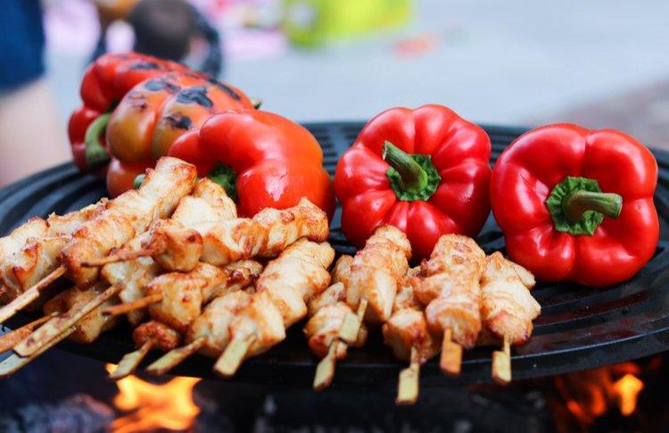 «Бургер Кинг» и Delivery Club спасут майские праздники