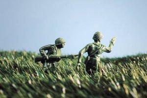 Чем заняться с ребенком в выходные 9-11 мая: онлайн-события ко Дню Победы и не только