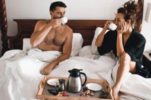 7 романтичных завтраков, которые можно быстро приготовить даже в будни
