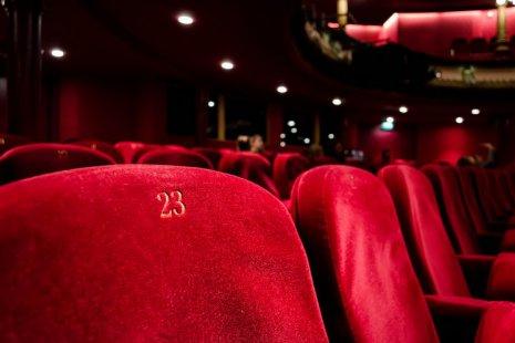Виртуальный театр: 6 спектаклей, созданных на карантине