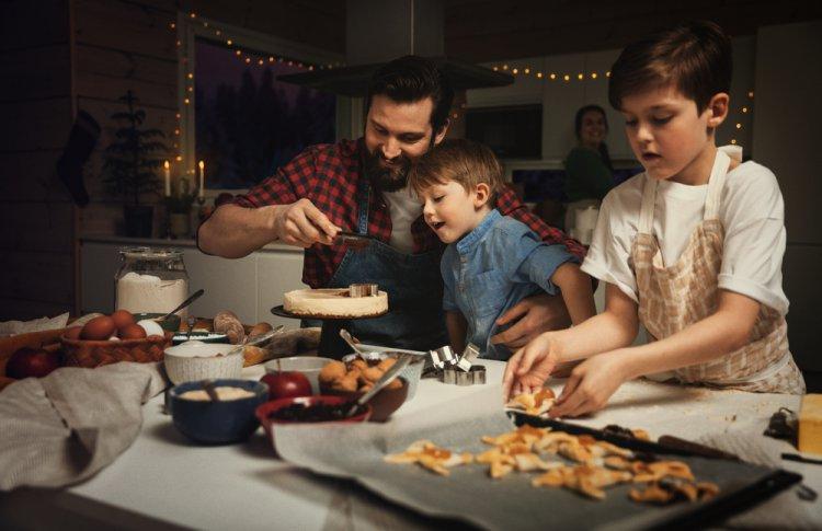 Дети на кухне ‒ помощники или помеха?
