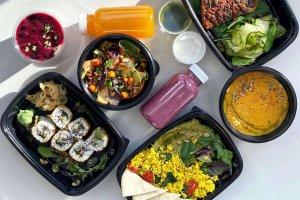 Доставка: где заказывать полезную еду во время самоизоляции