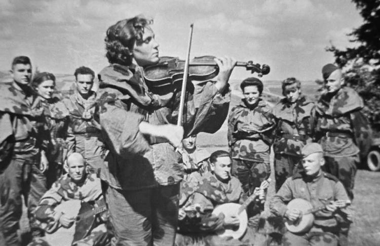 Аудиоспектакль «Музыка героев»
