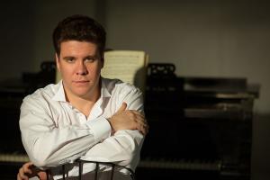 В «Зарядье» состоится юбилейный концерт Дениса Мацуева, приуроченный к 30-летию «Газпромбанка»