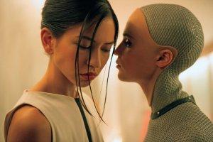 Феминизм, борьба за жизнь и крах цивилизации: взаимоотношения человека и робота в кино