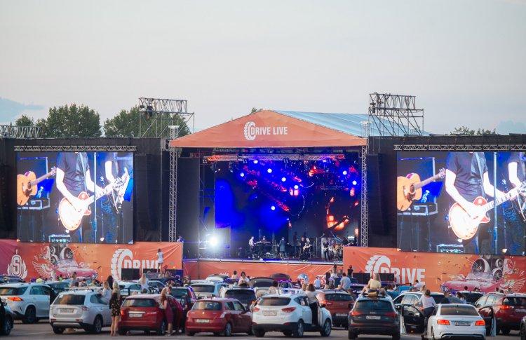 В Яхроме отгремел автофестиваль Drive Live с участием Гарика Сукачева и Григория Лепса