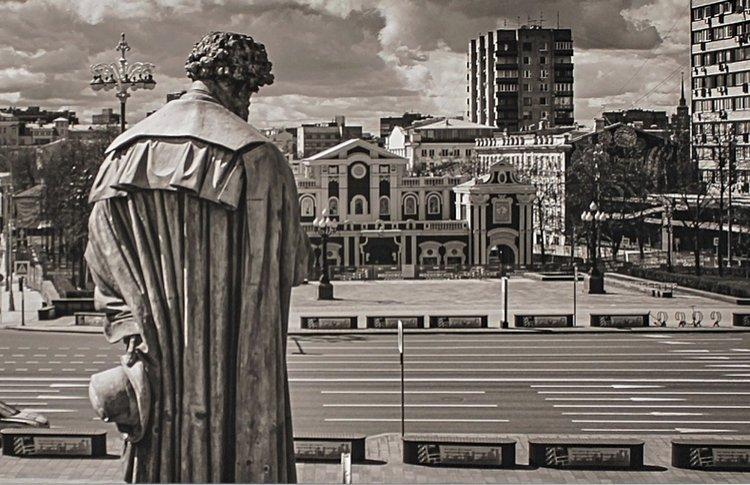 Фоторепортаж с открытия выставки «Москва. Великая пустота»