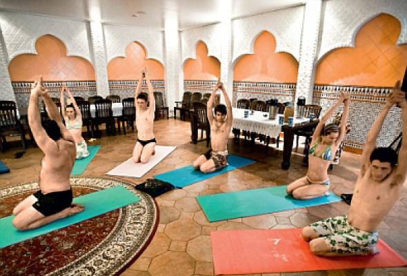 йога клуб сат нам в москве